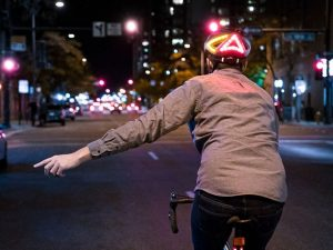 Finally, a smart bike helmet that lights your way, protects your brain and still looks cool / Boing Boing