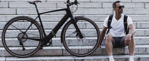 The New Look E-765 Gotham e-Bike Is the Best of Both Bicycle Worlds