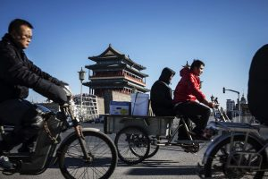 Hyperdrive Daily: E-Bikes Rule China's Urban Streets